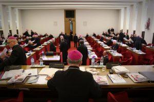 biskupi obrady zebranie plenarne