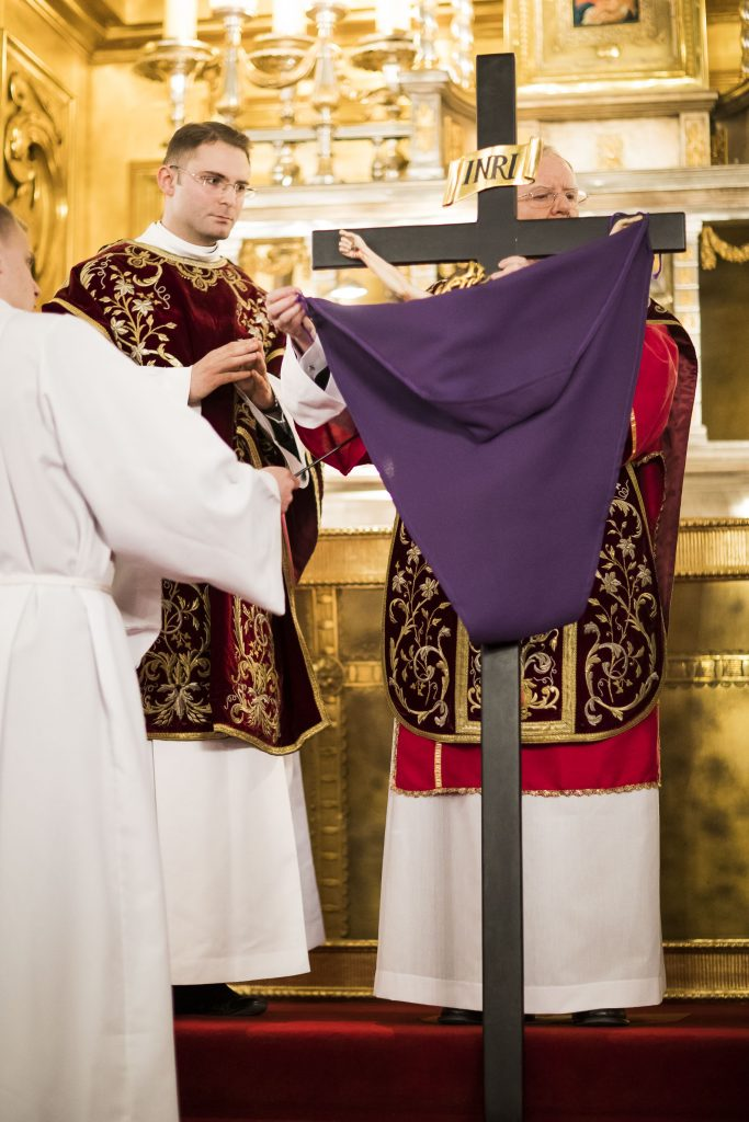 Wielki Piatek w katedrze wawelskiej