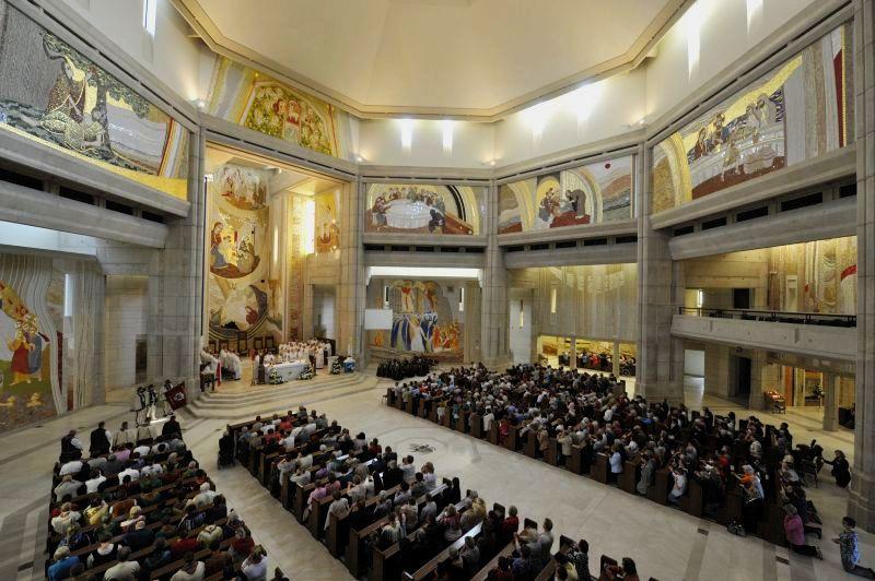 Nabożeństwo ku czci św. Jana Pawła II w Sanktuarium Jana Pawła II