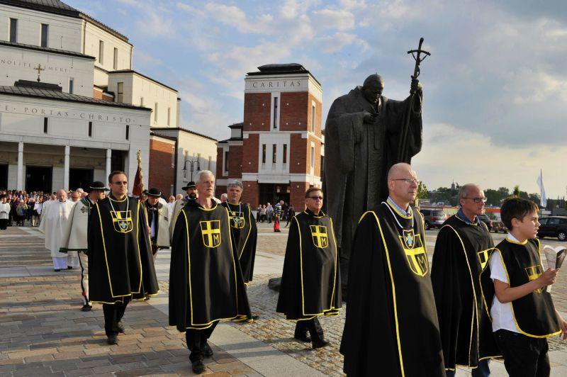 Nabożeństwo ku czci św. Jana Pawła II 9