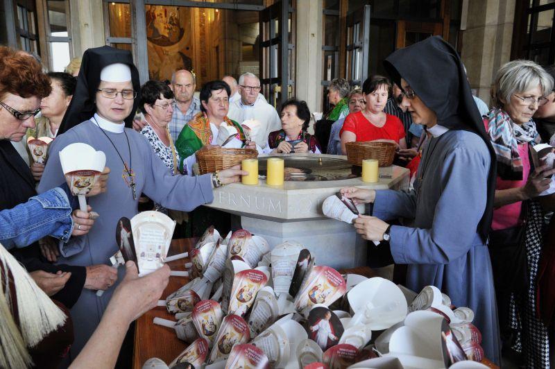 Nabożeństwo ku czci św. Jana Pawła II 4