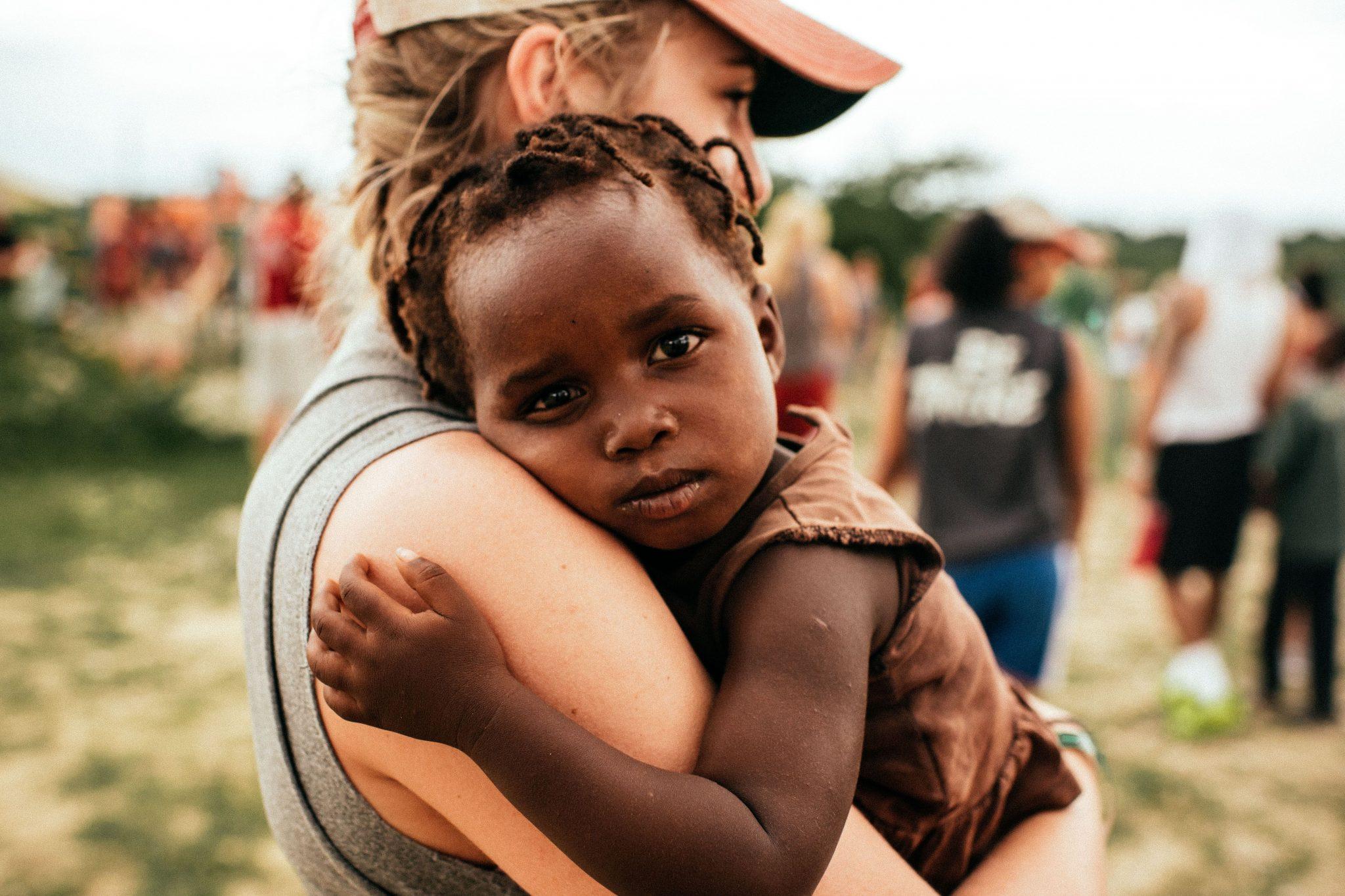 misje afryka kobieta dziecko wolontariat