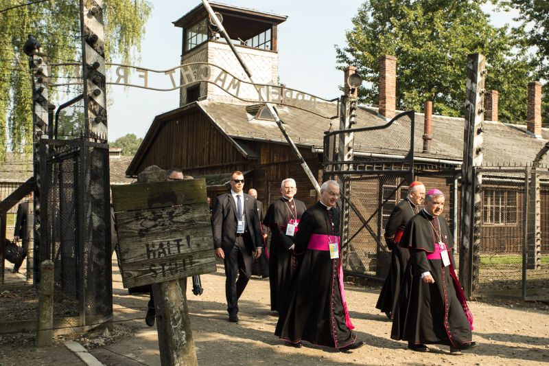 Papież Franciszek w niemieckim obozie zagłady Auschwitz