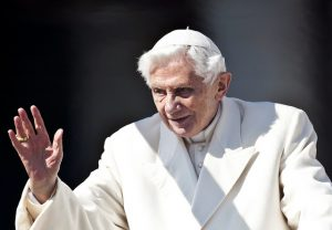 papież benedykt XVI senior