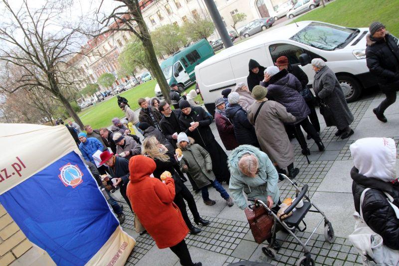 I światowy dzień Ubogich w Łodzi