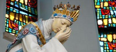 Matka Boża Saletyńska w sanktuarium w Dębowcu
