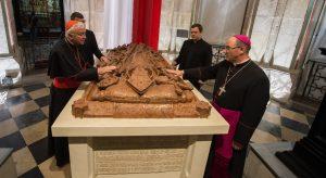 Kardynał Nichols i abp Wojciech Polak w Gnieźnie