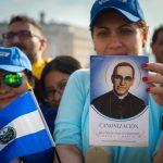 Kto nie chciał kanonizacji abp. Romero?