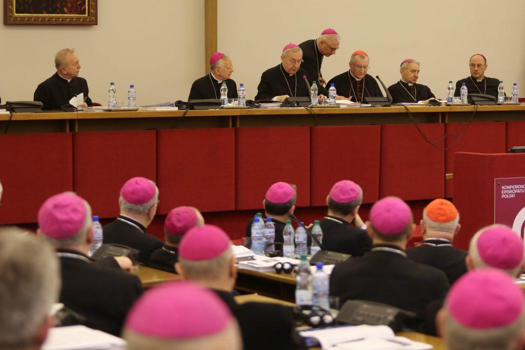 biskupi, KEP, zebranie plenarne, kard. Parolin
