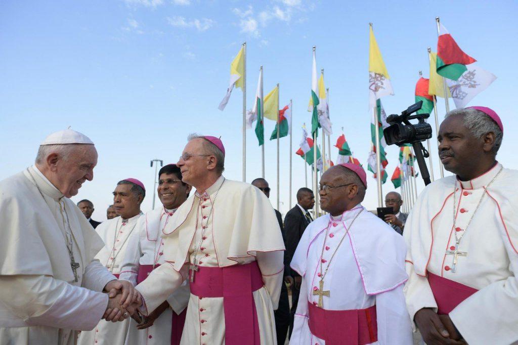 chrześcijańscy misjonarze spotykają się