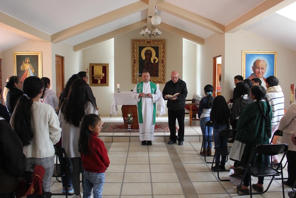 Bp Leszek Leszkiewicz poświęcił Centrum Pastoralne w Peru